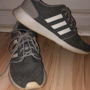 Women's Adidas Cloudfoam gray sneakers